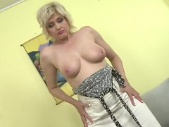 blonde sandra strips together with shows off the brush broad in the beam bowels