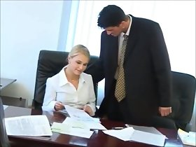 Hot secretary Nikki gets stingy holes fucked away from dramatize expunge boss